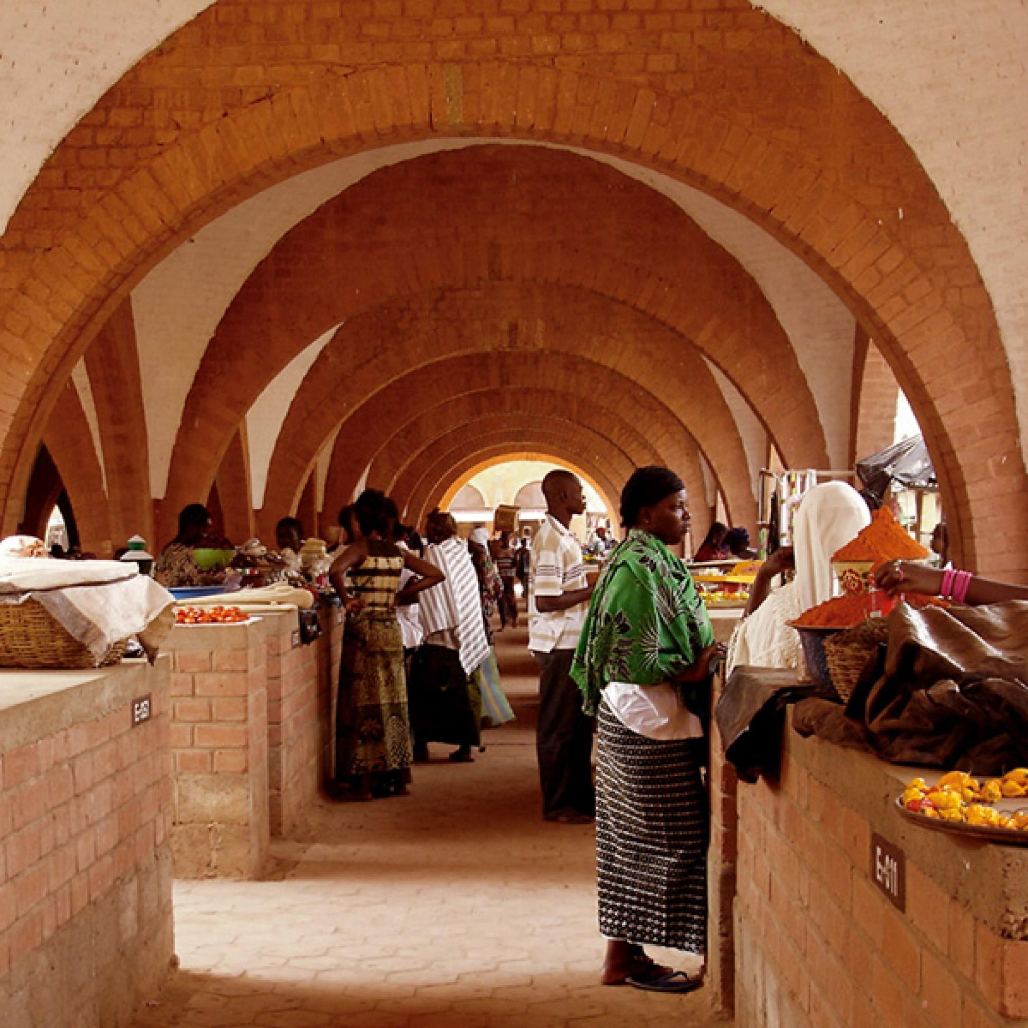 Zentraler Markt in Koudougou, Burkina Faso.