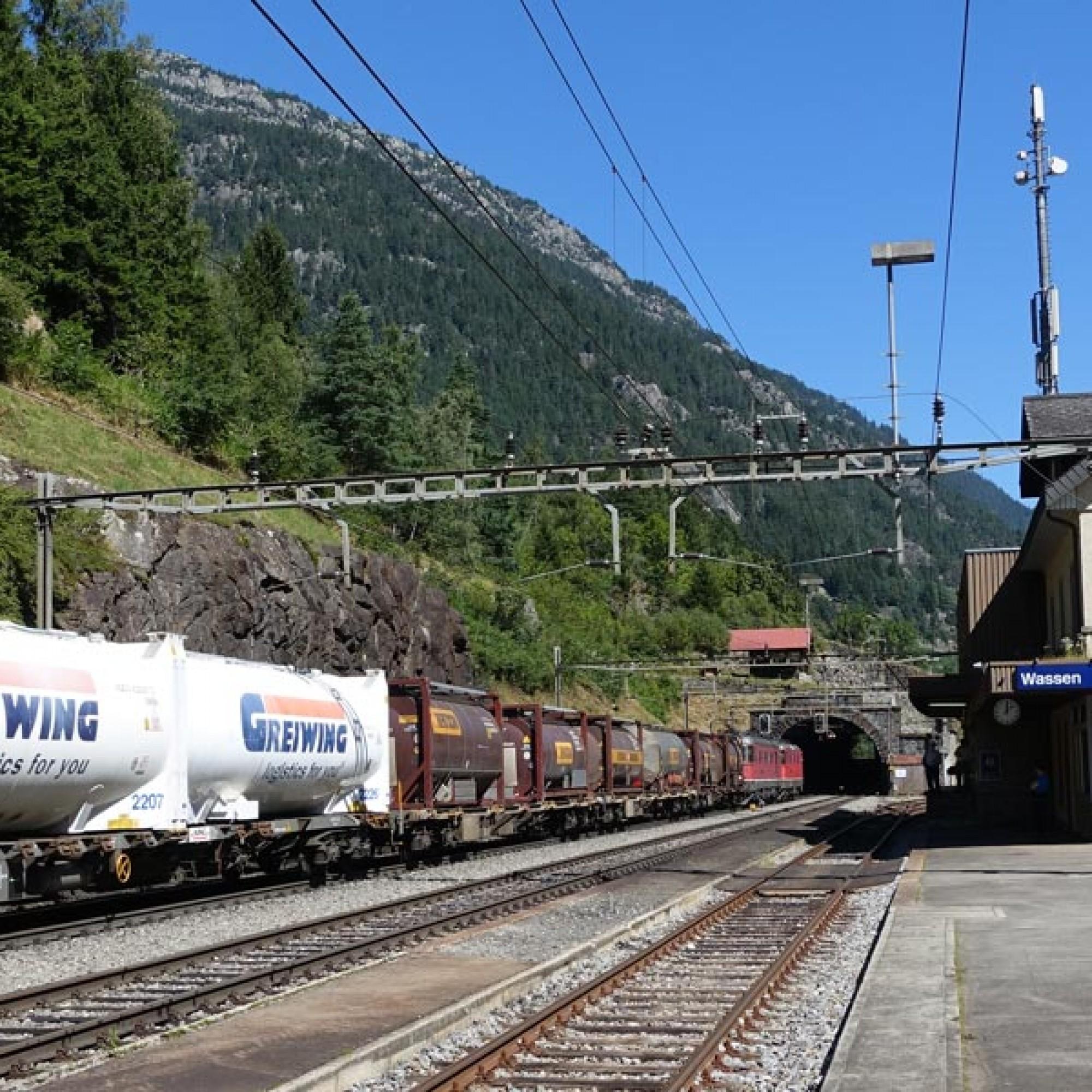 Der Bahnhof von Wassen wird nicht mehr bedient. Kein Zug hält hier mehr.
