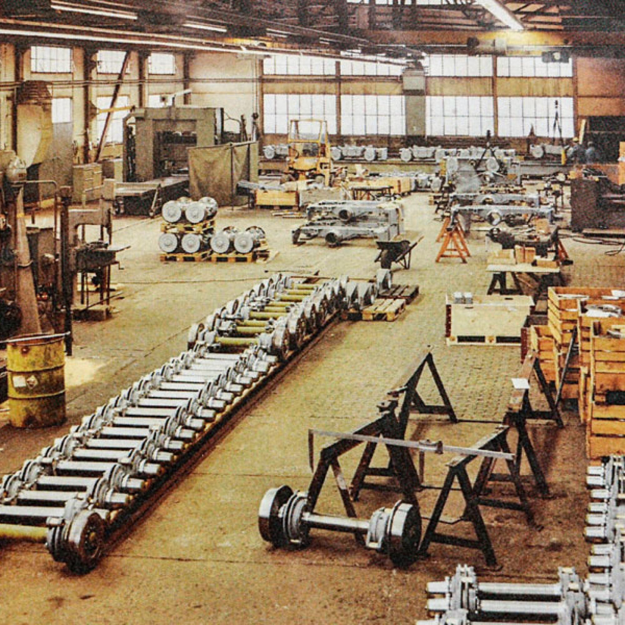 Ein Foto aus den 1970er Jahren, als die Produktion von Eisenbahnwagen noch auf Hochtouren lief.