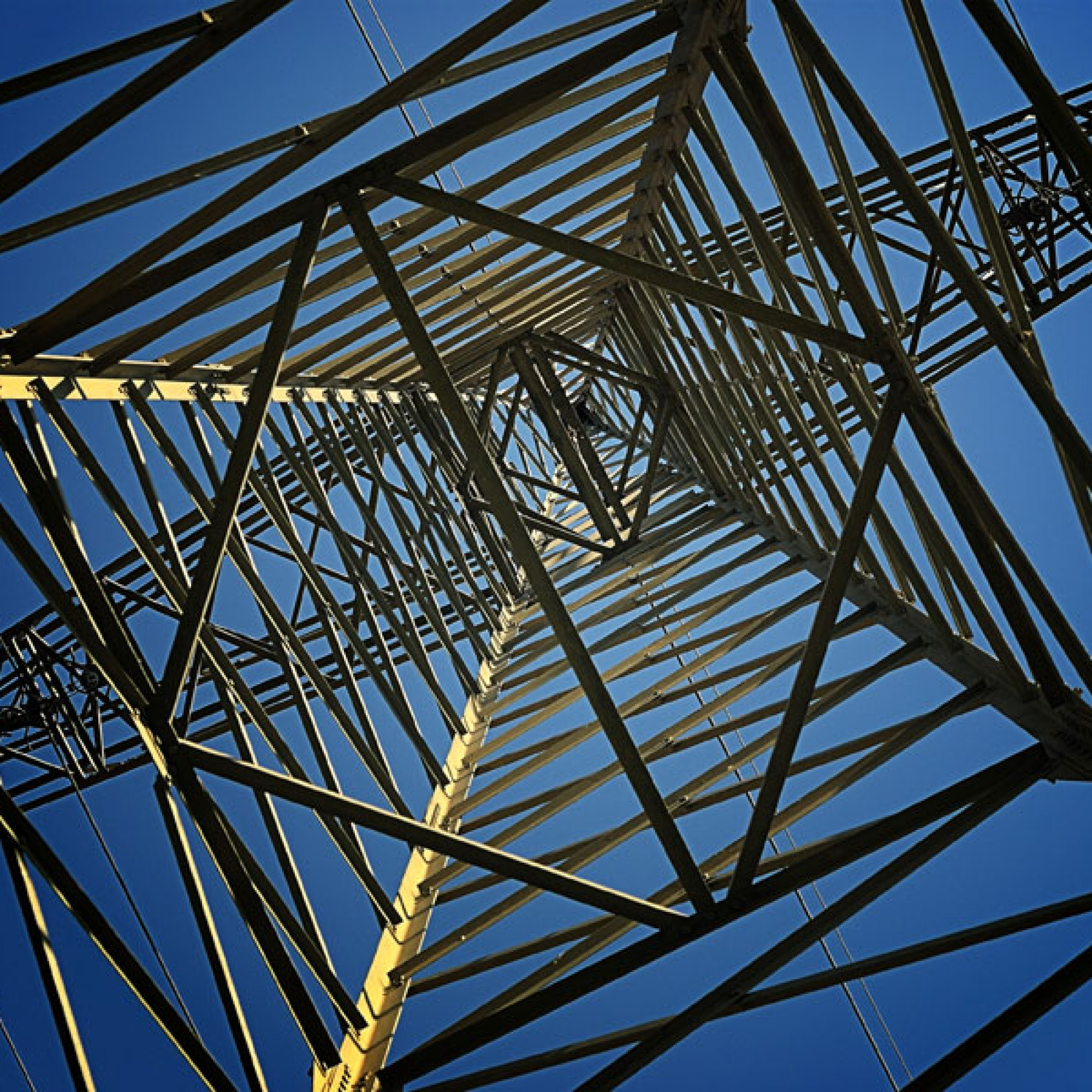 Strommast, Symbolbild (ekkiPics, flickr, CC)