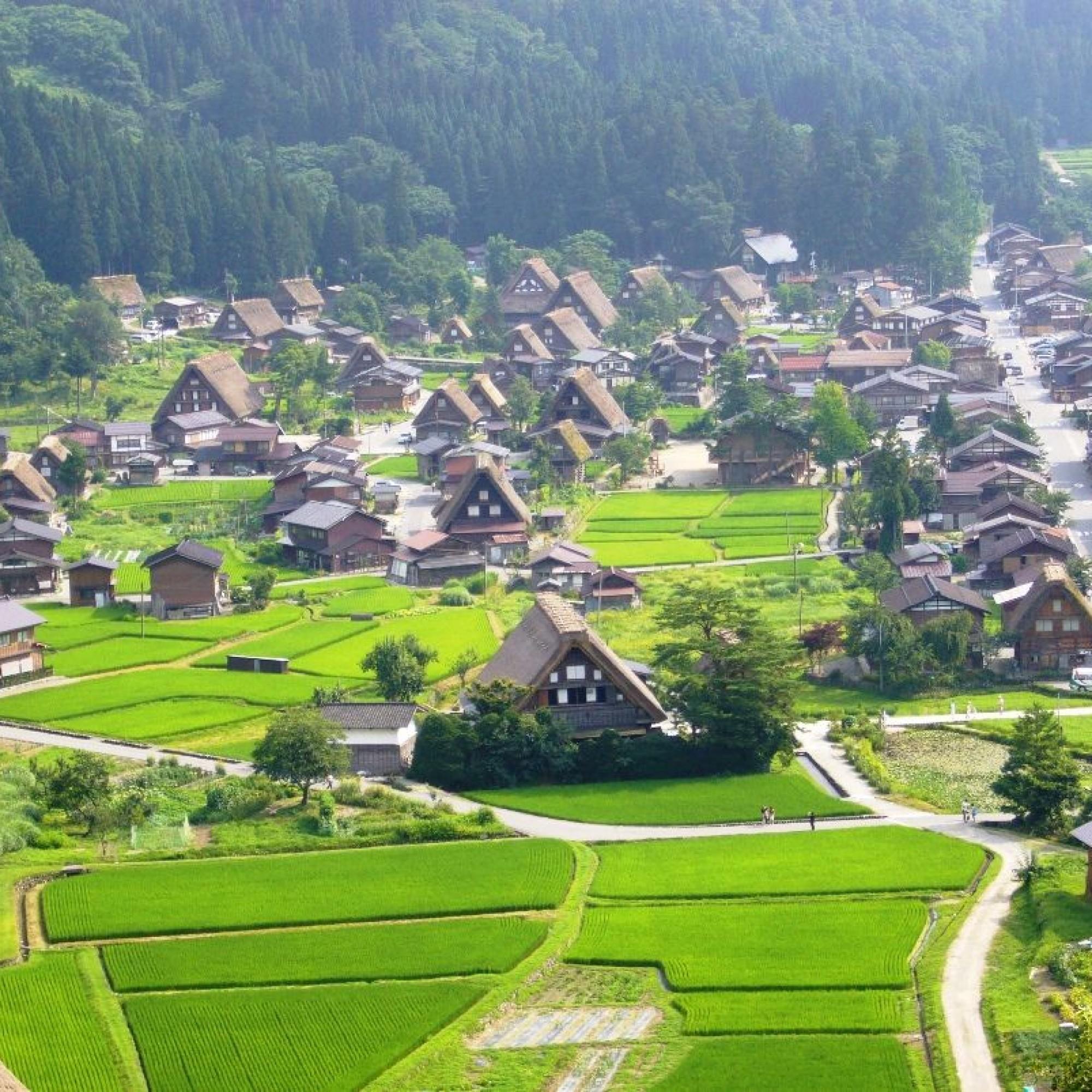 Die historischen Dörfer von Shirakawa-go and Gokayama.