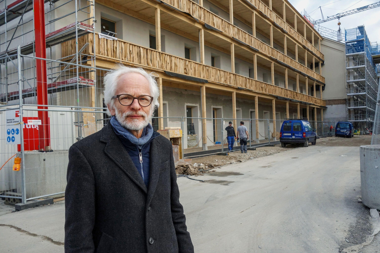 Der Architekt Heinrich Degelo hat mit dem Wohnatelierhaus gleich in doppelter Hinsicht den Tatbeweis geliefert.