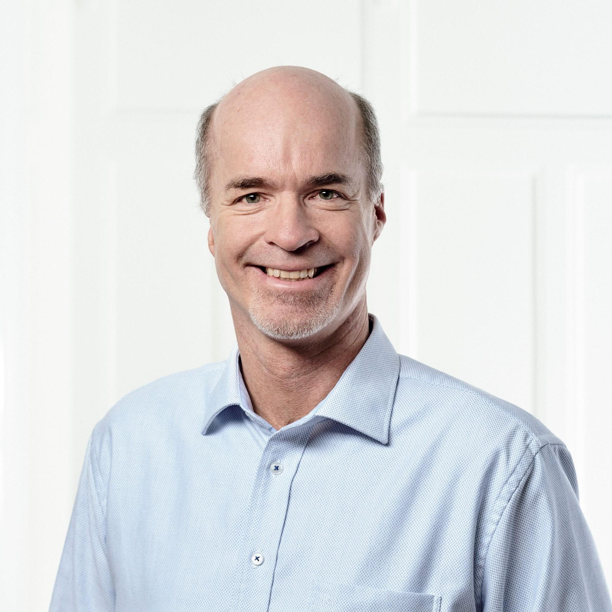 Alex Bukowiecki ist Geschäftsführer des Schweizerischen Verbands Kommunale Infrastruktur (SVKI).