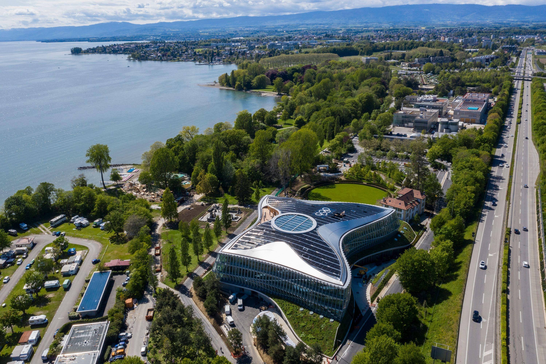 Der neue Hauptsitz des Internationalen Olympischen Komitees (IOC) in Lausanne wird eröffnet.