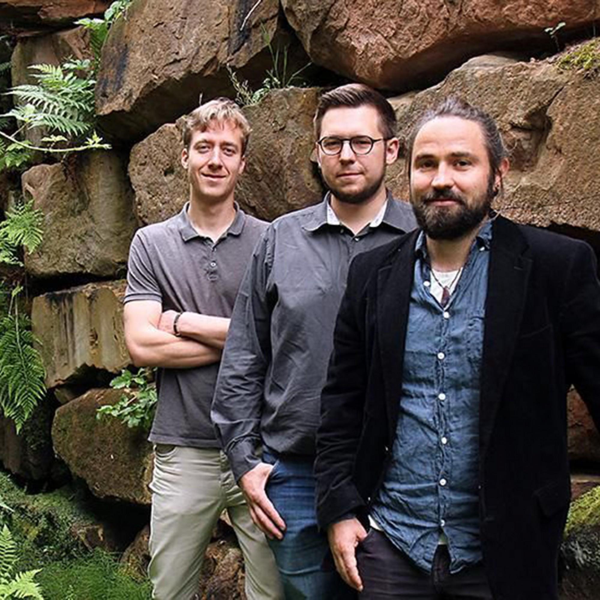 Die Gründer (v.l.n.r.) Martin Hamp, Björn Stichler und Tobias Graf haben die Fassadenbegrünung entwickelt.