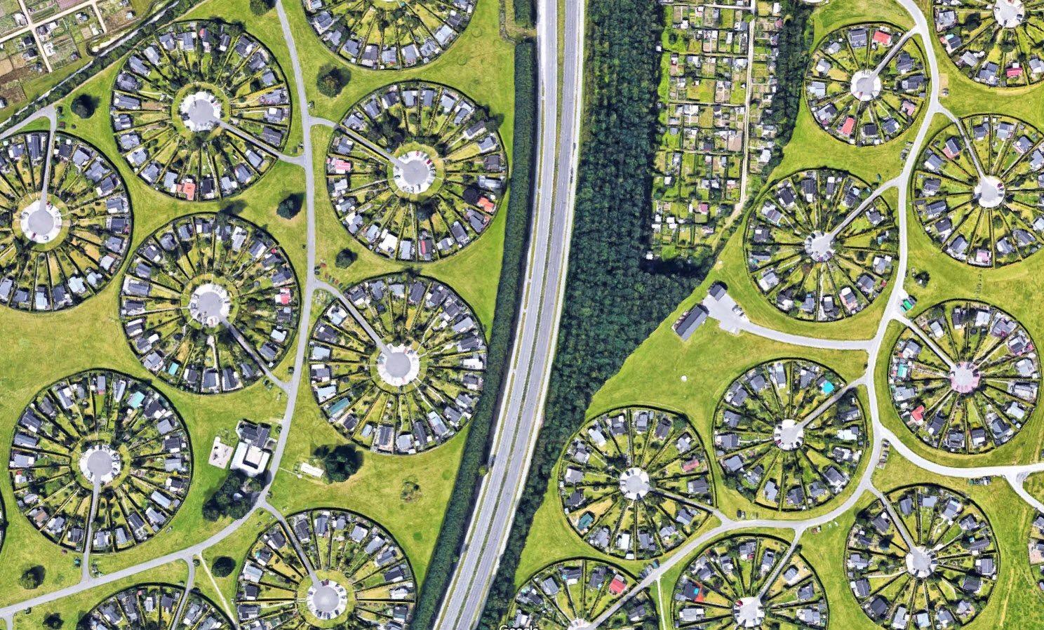 Die 12 kreisrunden Gemeinschaftsgärten sind vom Satelliten aus gut sichtbar.