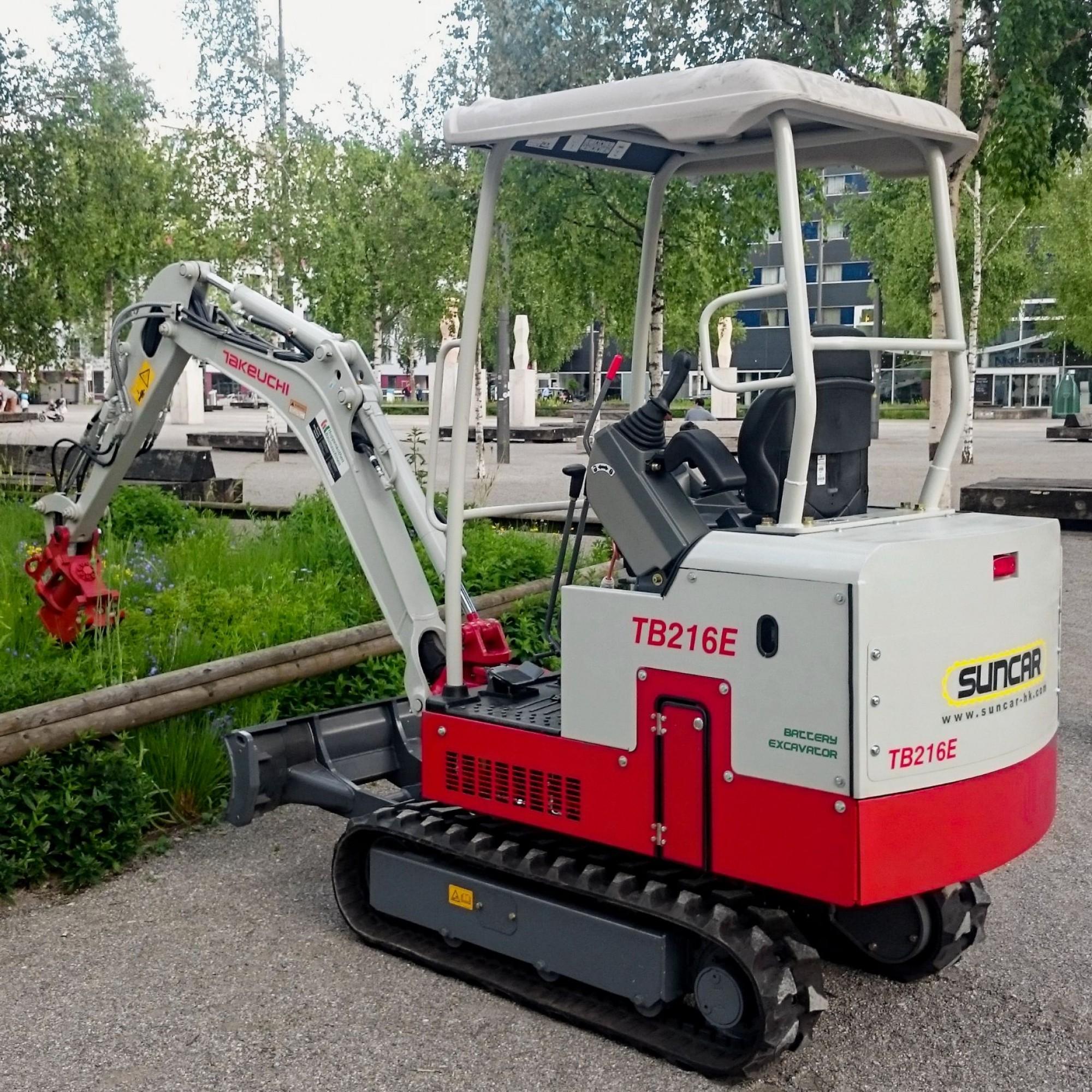 Kein Mikrobagger, aber ein Bagger mit Mikro-Emissionen ist dieser von Suncar HK auf Elektroantrieb umgerüstete TB216E.