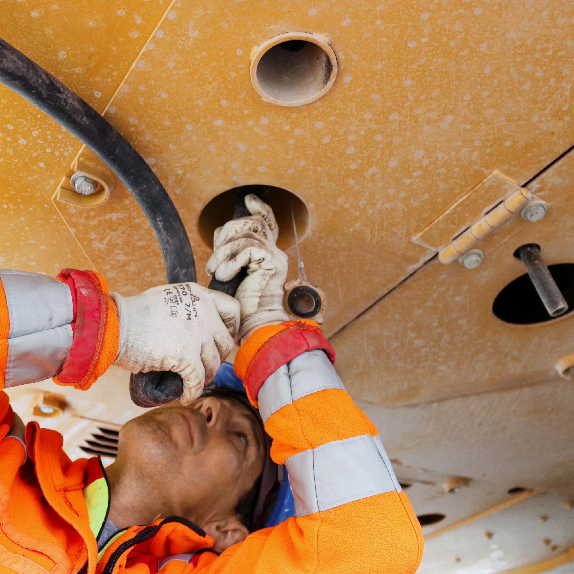 Der externe Wasseranschluss für die Berieselungsanlage wurde auf Wunsch der Keller Tiefbau AG anstelle eines Tanks eingebaut.