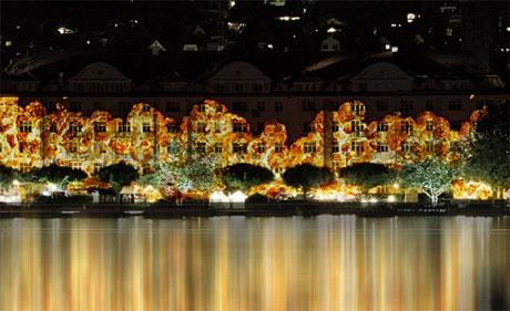 Auch die Seepromenaden erstrahlen im Lichterglanz.
