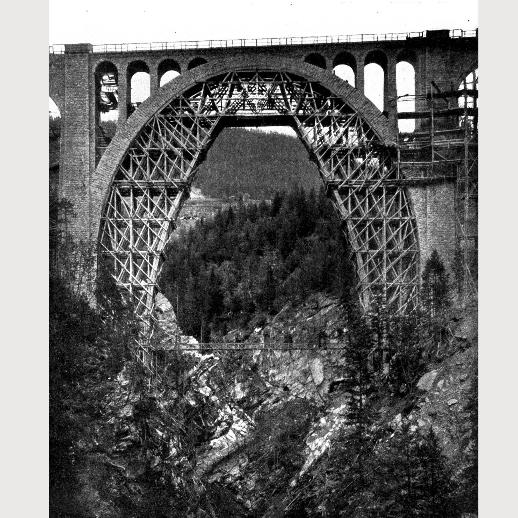 Lehrgerüst Wiesener Viadukt.