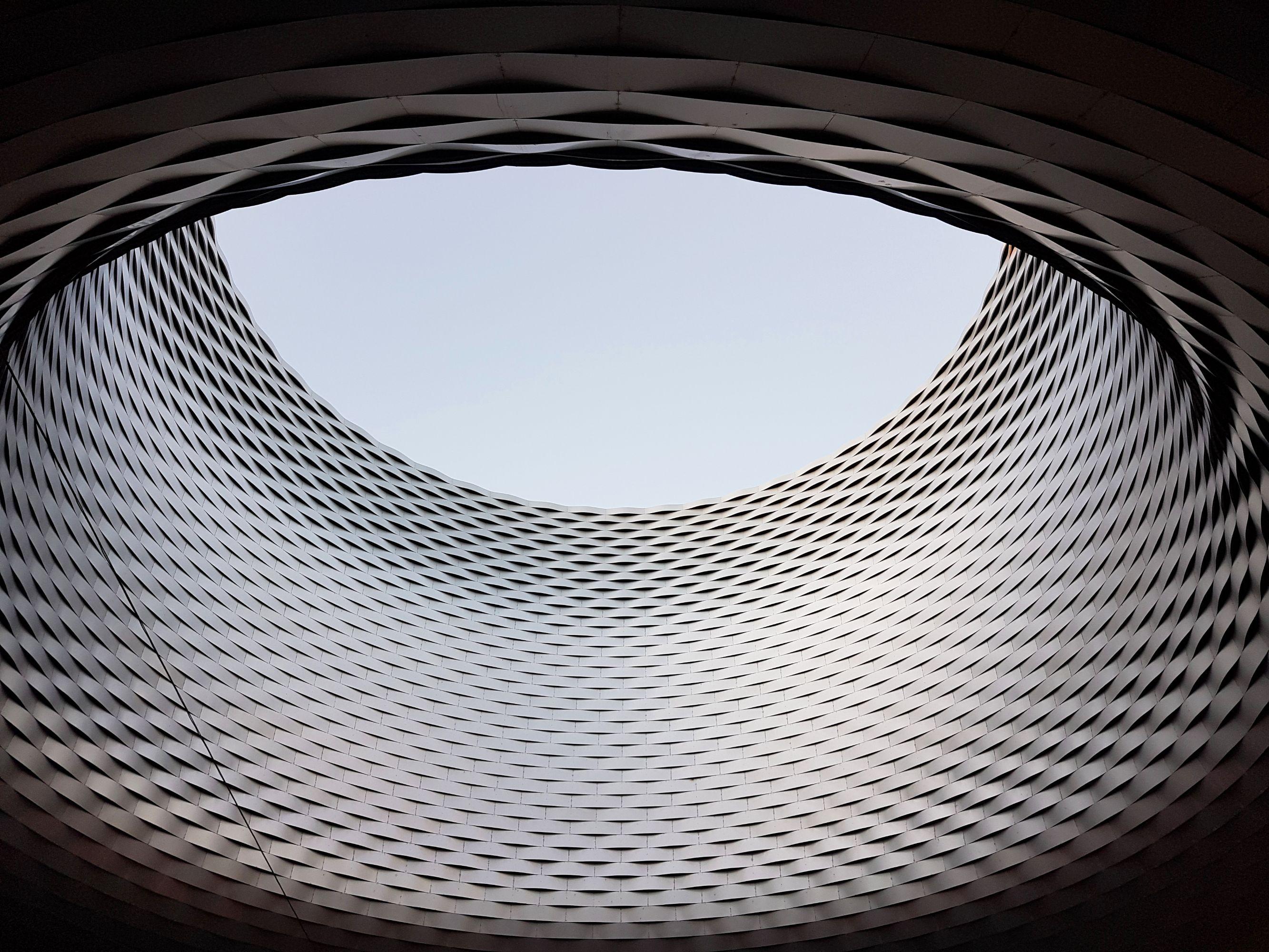 Messe Basel Dachöffnung von Herzog & de Meuron