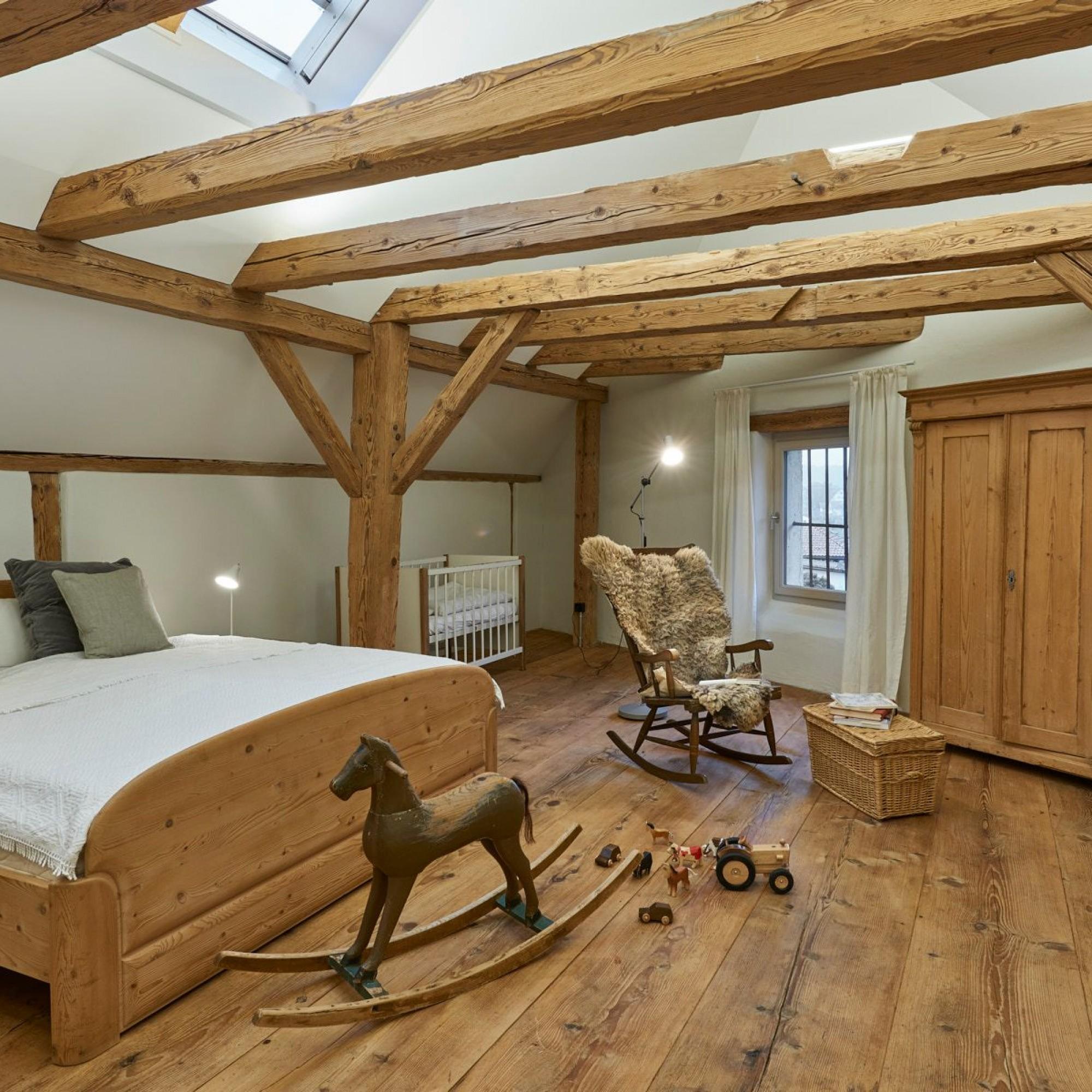 Schlafzimmer, Speicher in Attiswil BE