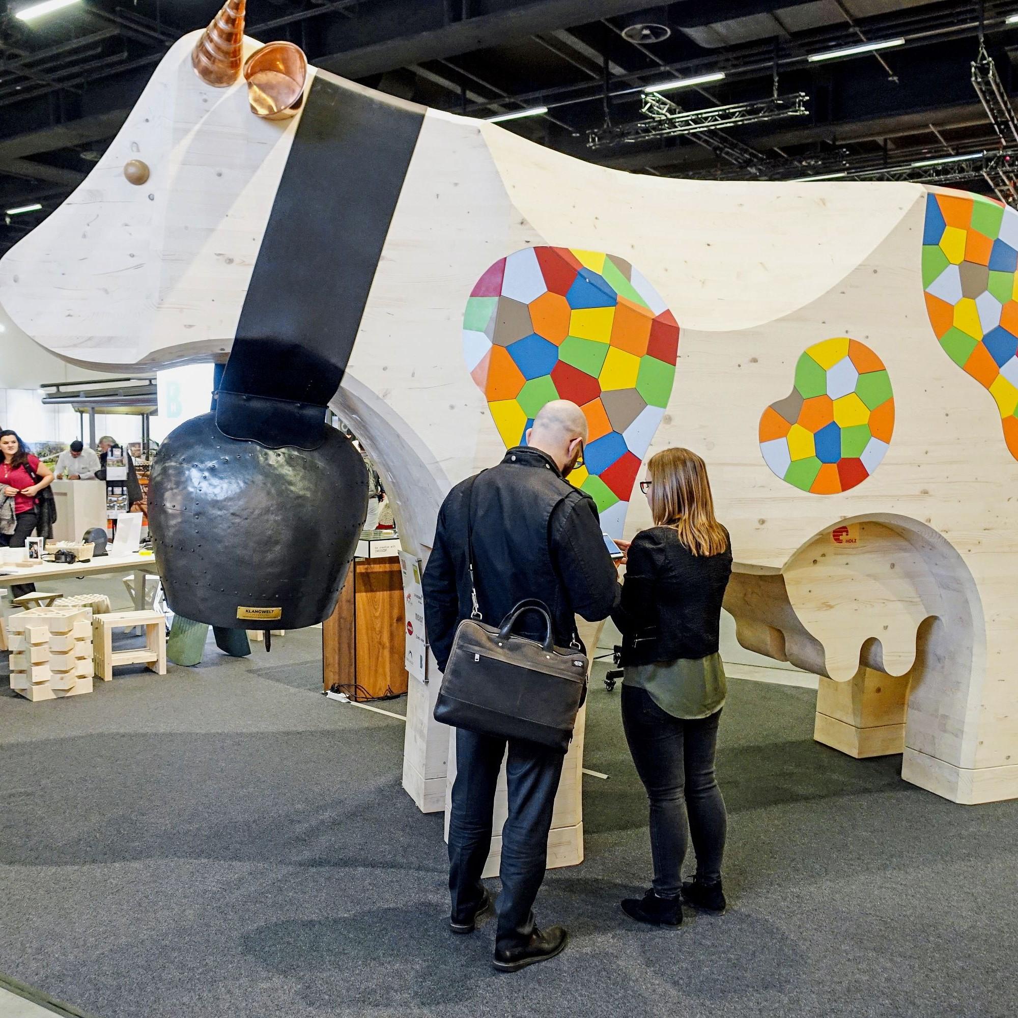 BIM-Kuh Lotti an der Swissbau 2020