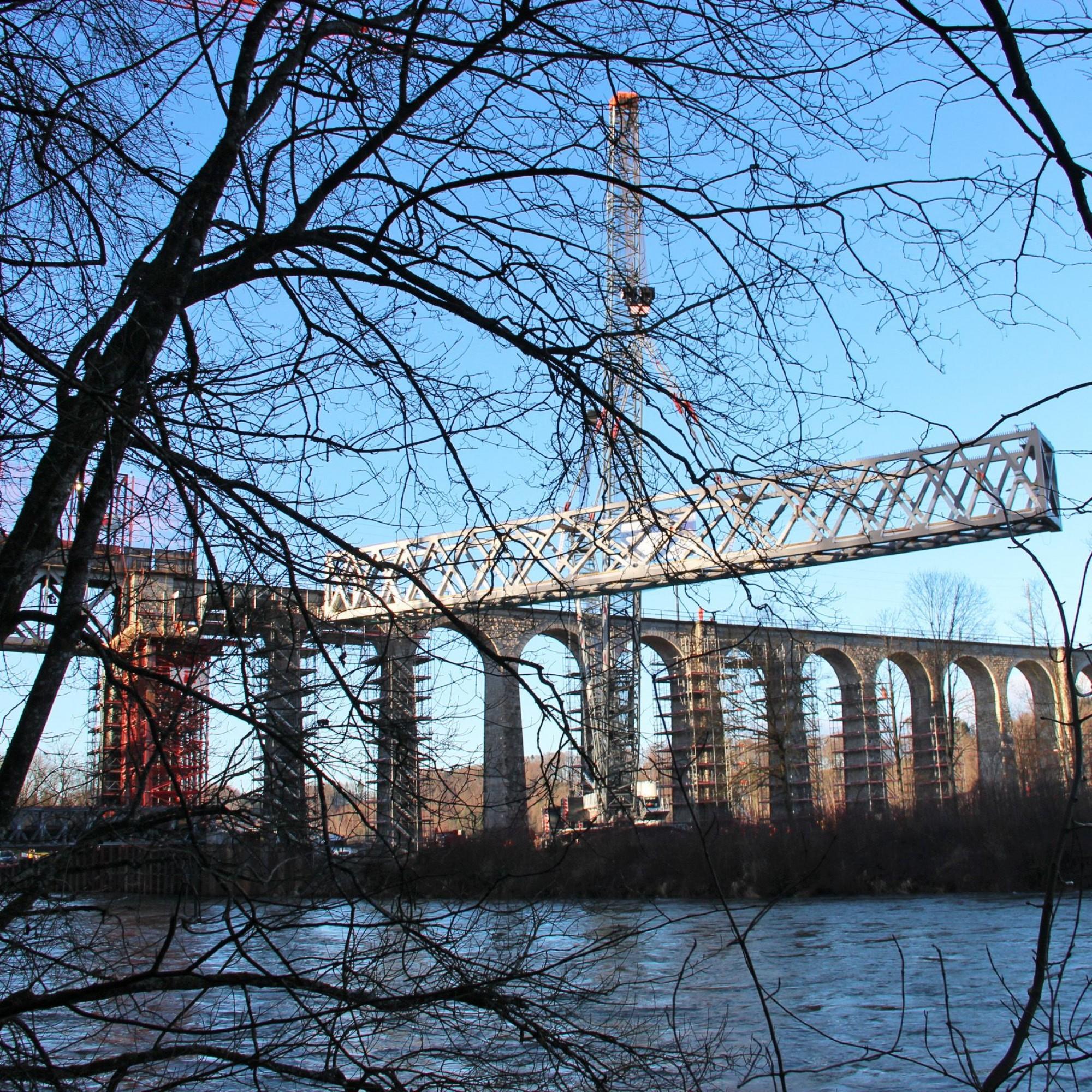 Stahlbrücke Saaneviadukt Saane