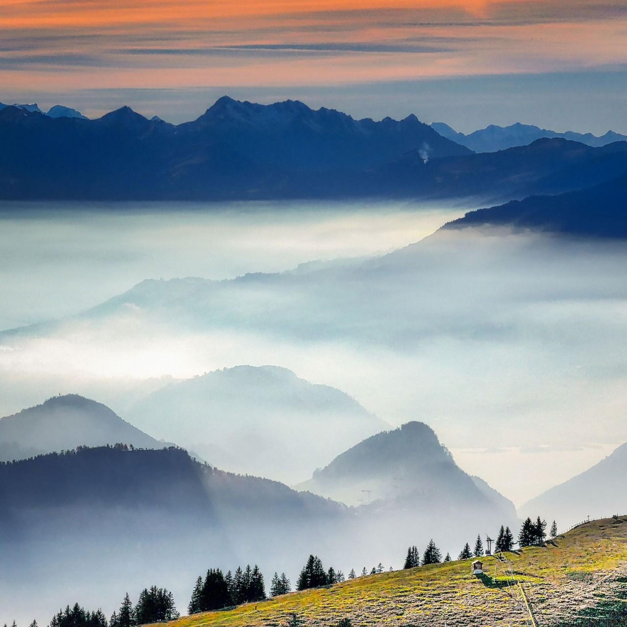 Wolkenbank über der Schweiz