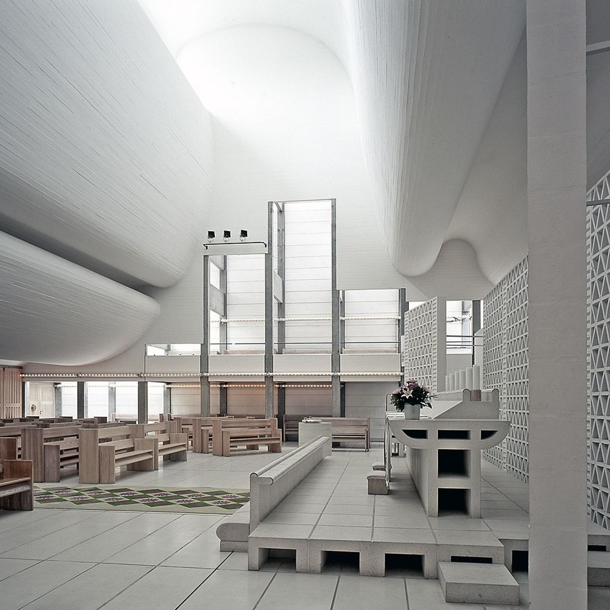Innenansicht, Bagsværd Kirche, Bagsværd, Denmark von Jorn Utzøn