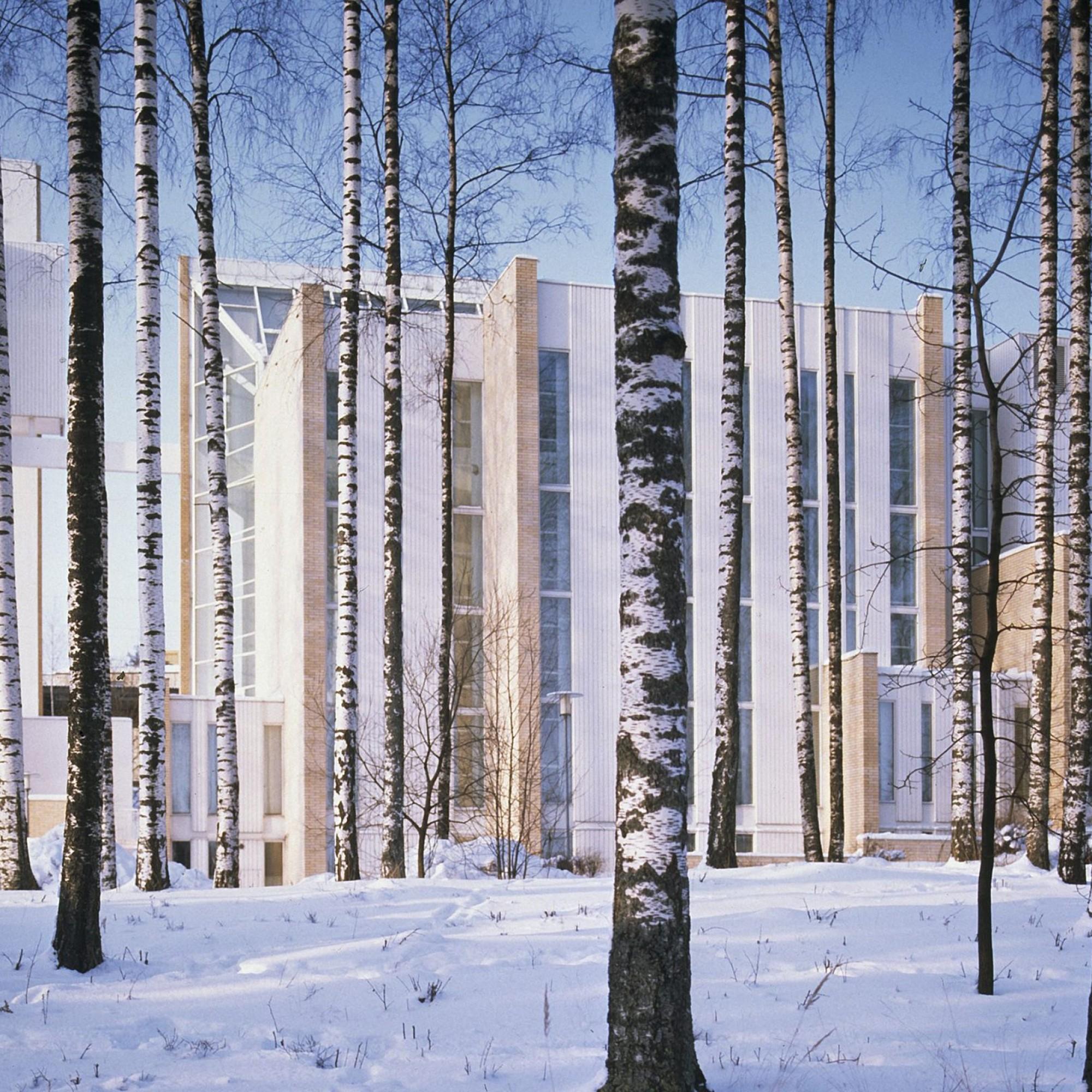 Myyrmäki-Kirche in Vantaa (Aussenaufnahme)