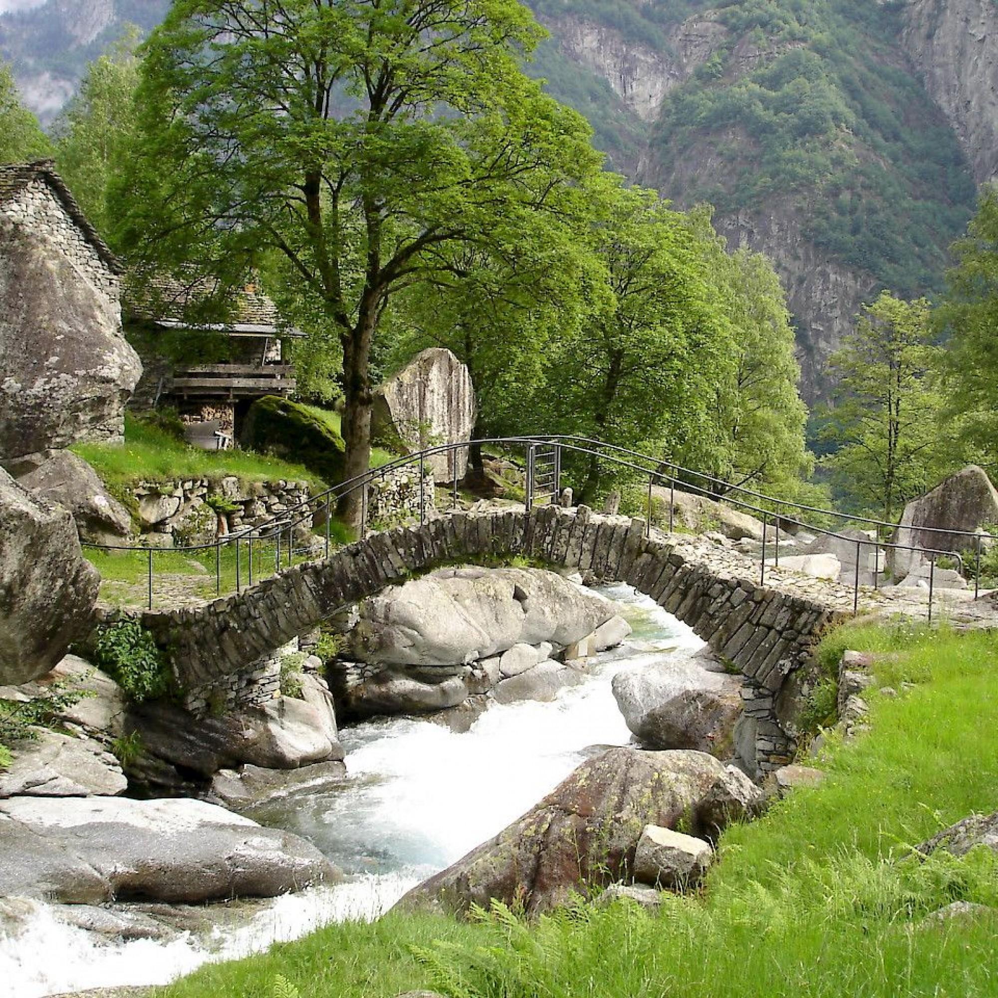 Brücke von Puntìd