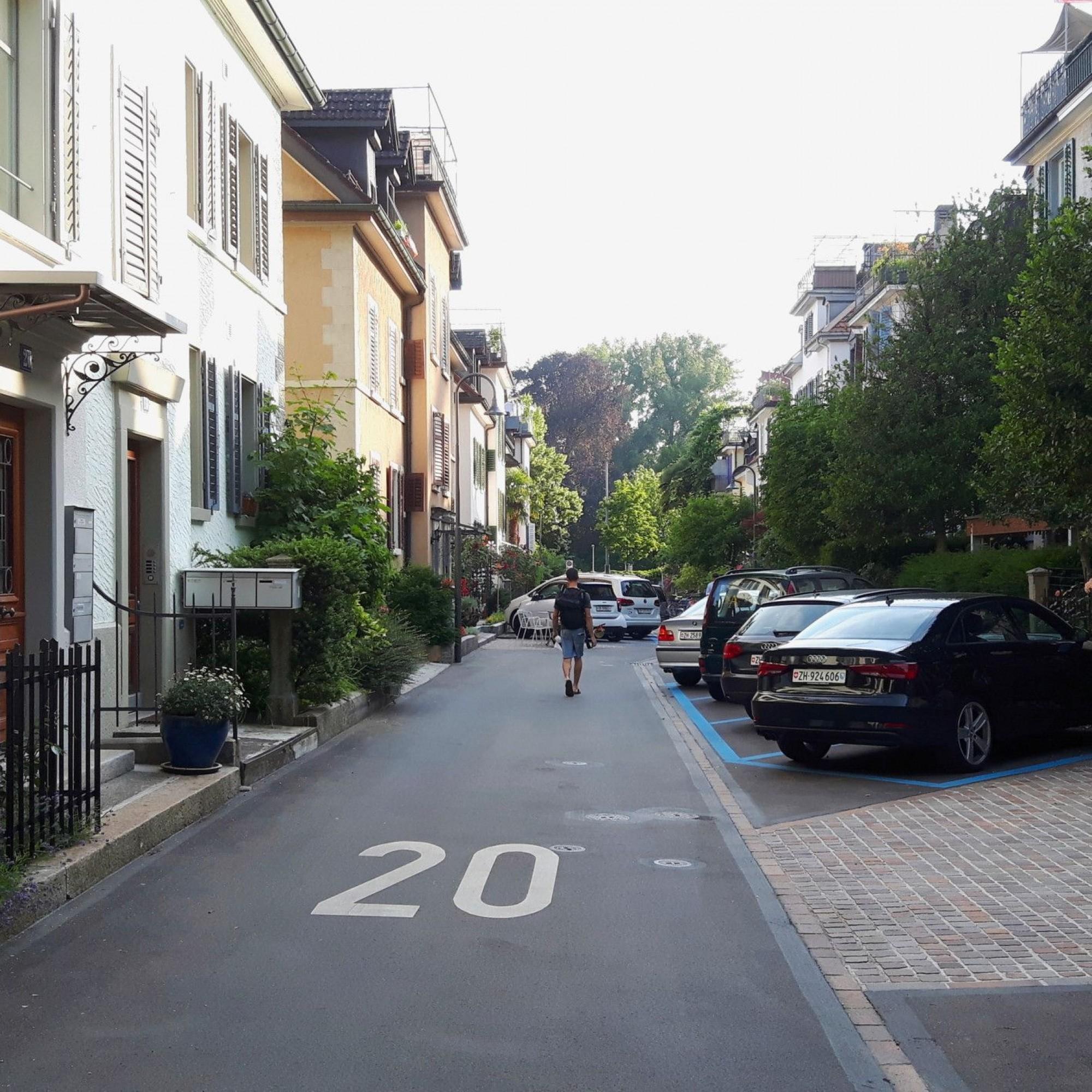Strassenzug in Zürich