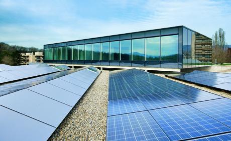 IUCN-Erweiterung Holcim Thinktank und Photovoltaikanlage (Bild: Holcim Foundation for Sustainable Construction)