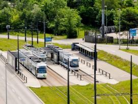 Endstation Zürich Flughafen-Fracht für die Tramlinien 10 und 12: Für 300 Millionen Franken soll die Linie bis Kloten verlängert werden.