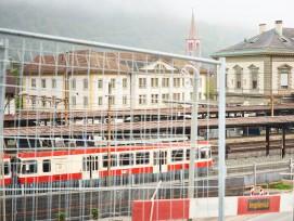Zug der Waldenburgerbahn im Bahnhof Liestal