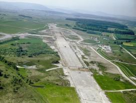 Bau des Flughafens Zürich