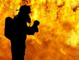 Feuerwehrmann (Symbolbild)