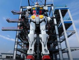 Lebensechter Gundam-Roboter in Yokohama