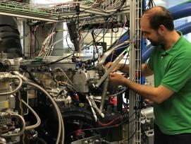 Dieselmotor am Empa-Prüfstand