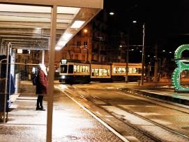 Haltestelle Hardplatz Zürich intelligente Beleuchung
