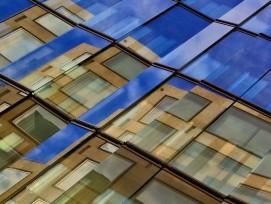 Glasfassade, Schmuckbild