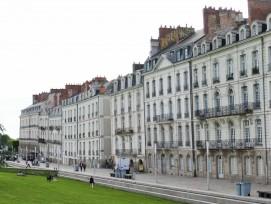 Krümmer Häuserreihe in Pays de la Loire