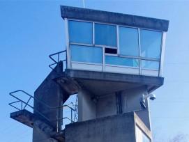 Schleusenwärterturm von Le Corbusier am Rhein-Rhône-Kanal