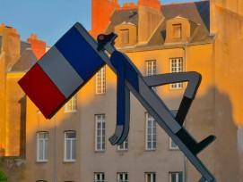 Schild bei Hôtel Le Cambronne in Nantes