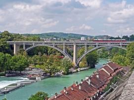 Kirchenfeldbrücke in der Stadt Bern