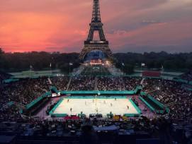Visualisierung Beachvolleyball-Stadion vor Eiffelturm