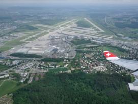 Flughafen Zürich (www.wikimedia.org, Simisa, CC)