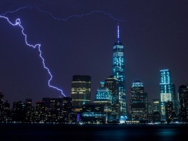 Turm mit rekordhohen Baukosten: das WTC1.  (Antohny Quintano, flickr, CC)