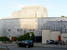 Stadttheater Winterthur 2009 (wikimedia.org, Andreas Praefcke, CC)