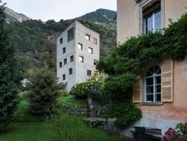 Verdichten im Dorfkern: Villa Garbald, Castasegna, Neubau Arch. Miller und Maranta, 2004 (Christian Beutler/ Keystone)