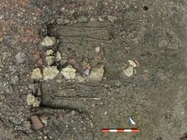 Ausgrabung von frühmittelalterichen Gräbern. (Bild: zvg)