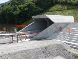 Doppelspurige Einfahrt der Oströhre des Ceneri-Basistunnels. (Alle Bilder: Claudia Bertoldi)
