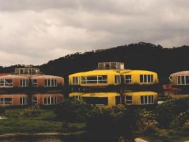 UFO Dorf (Brady Hsu, flickr.com (CC BY-ND 2.0))