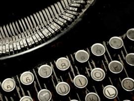 Schreibmaschine Kolumne Symbolbild