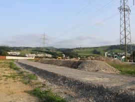 Die Neubaustrecke der Tangente Zug/Baar kurz nach dem Baustart im letzten Sommer.