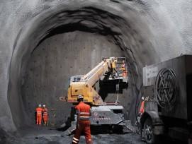 Tunnelbaustelle.