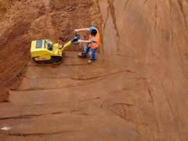 Bauarbeiter von oben.