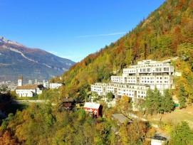 Setzt einen eigenständigen Akzent im steilen Gelände: Das 1968 eingeweihte Konvikt Chur.