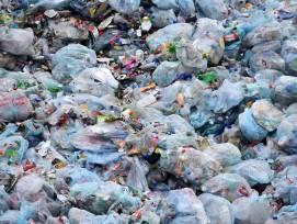 Plastiktöten und -müll, Symbolbild.